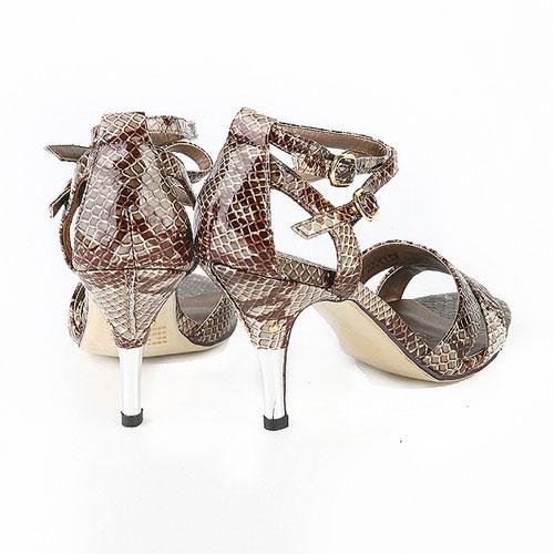女士新款时尚凉鞋